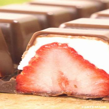 3-Ingredient Strawberries & Cream Truffles  The perfect chocolate treat for Valentine's Day or any