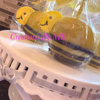 Bumblebee themed apples #bumblebee #candyapples #pretty #babyshow