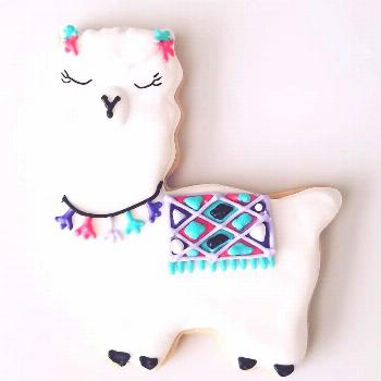 Llamas. In love with these cookie favors. What is your theme, we