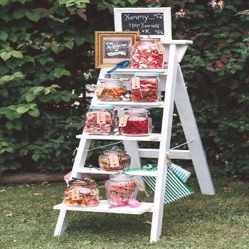 Top 20 Vintage Wooden Ladder Wedding Decor Ideas        Interesting sweets decoration for the weddi
