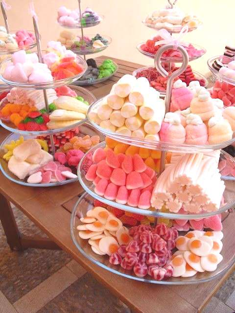A candy bar is a great idea for any wedding because every guest can choose sweets according to his