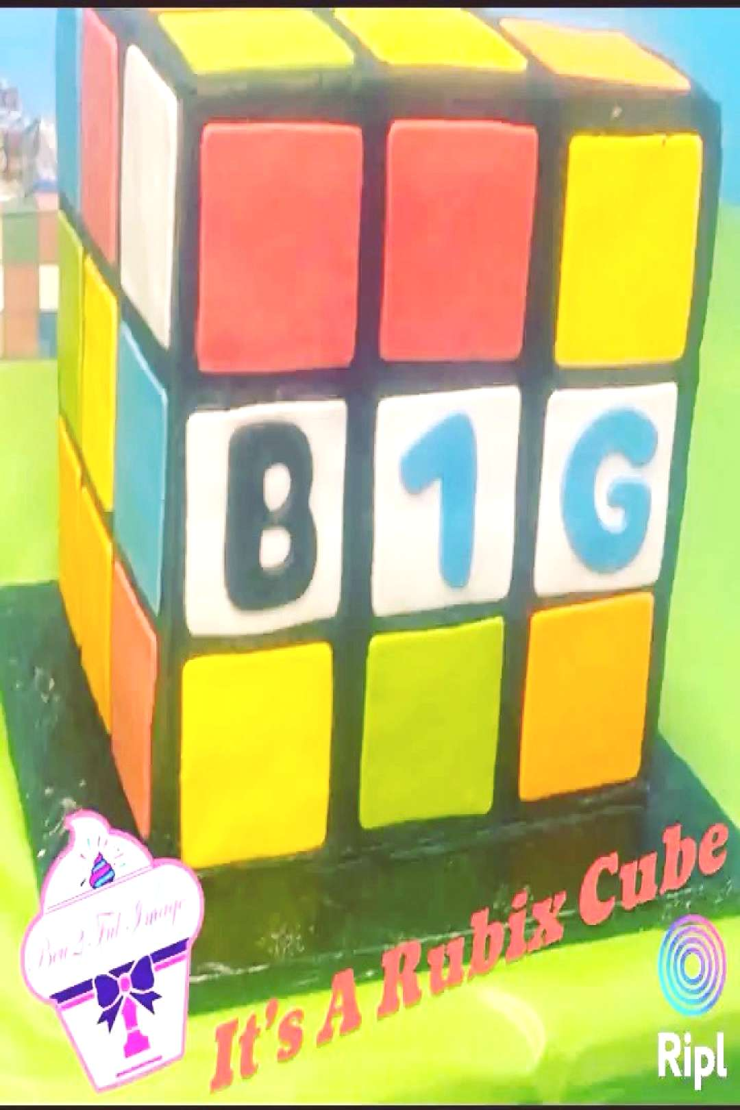 IT'S A RUBIX CUBE.. And NO 1 guessed it maybe NEXT cake my beu2fu