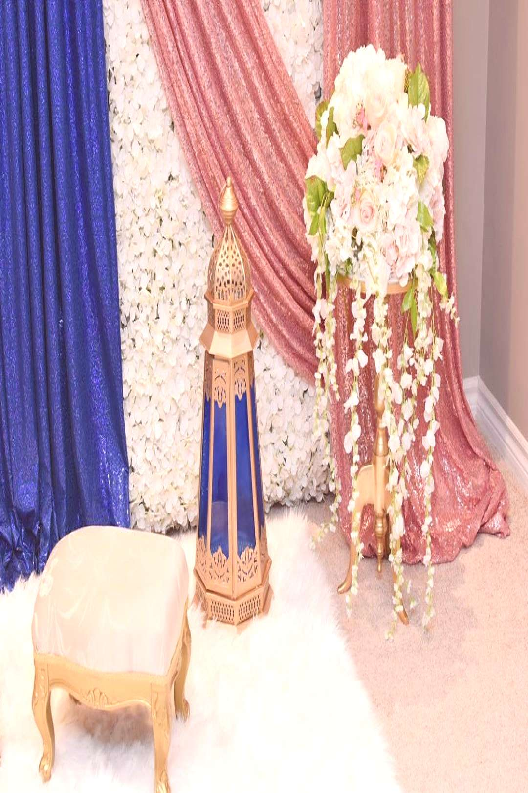 Sometimes simplicity is the most elegant. . . Backdrop & Decor .