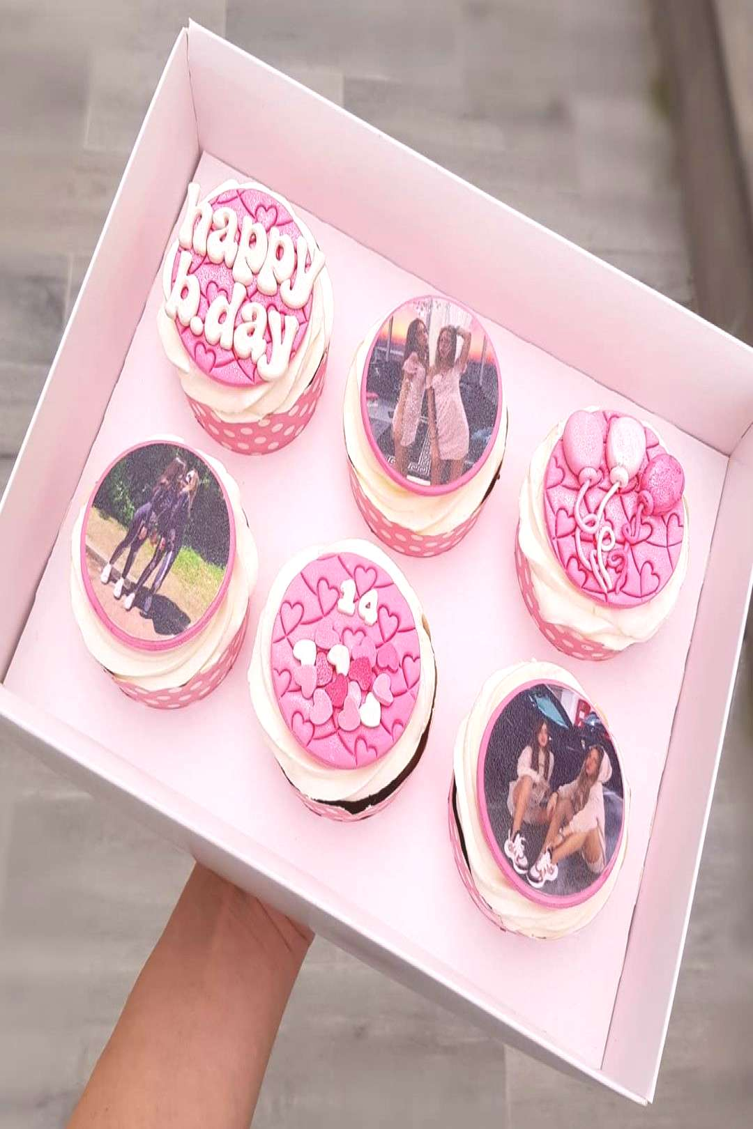 When it's your BFF's b.day . . #cupcakes #chocolatecupcakes #birt